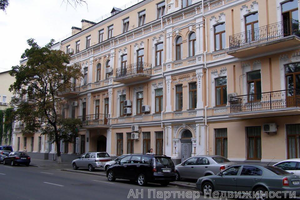 Продам квартиру Киев, Верхний Вал ул.