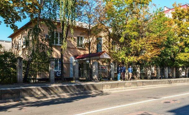 Продам офисное здание Киев, Пироговского Александра ул.