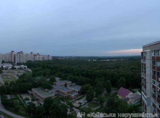 Продам квартиру Киев, Глушкова Академика пр-т 5