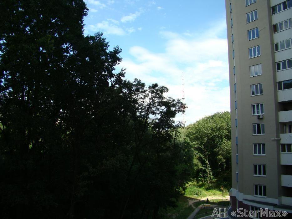 Продам квартиру Киев, Рижская ул. 4