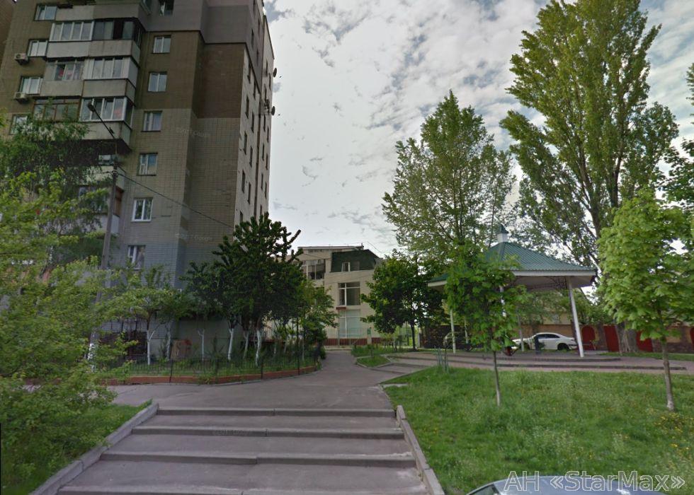 Продам квартиру Киев, Менделеева ул. 3
