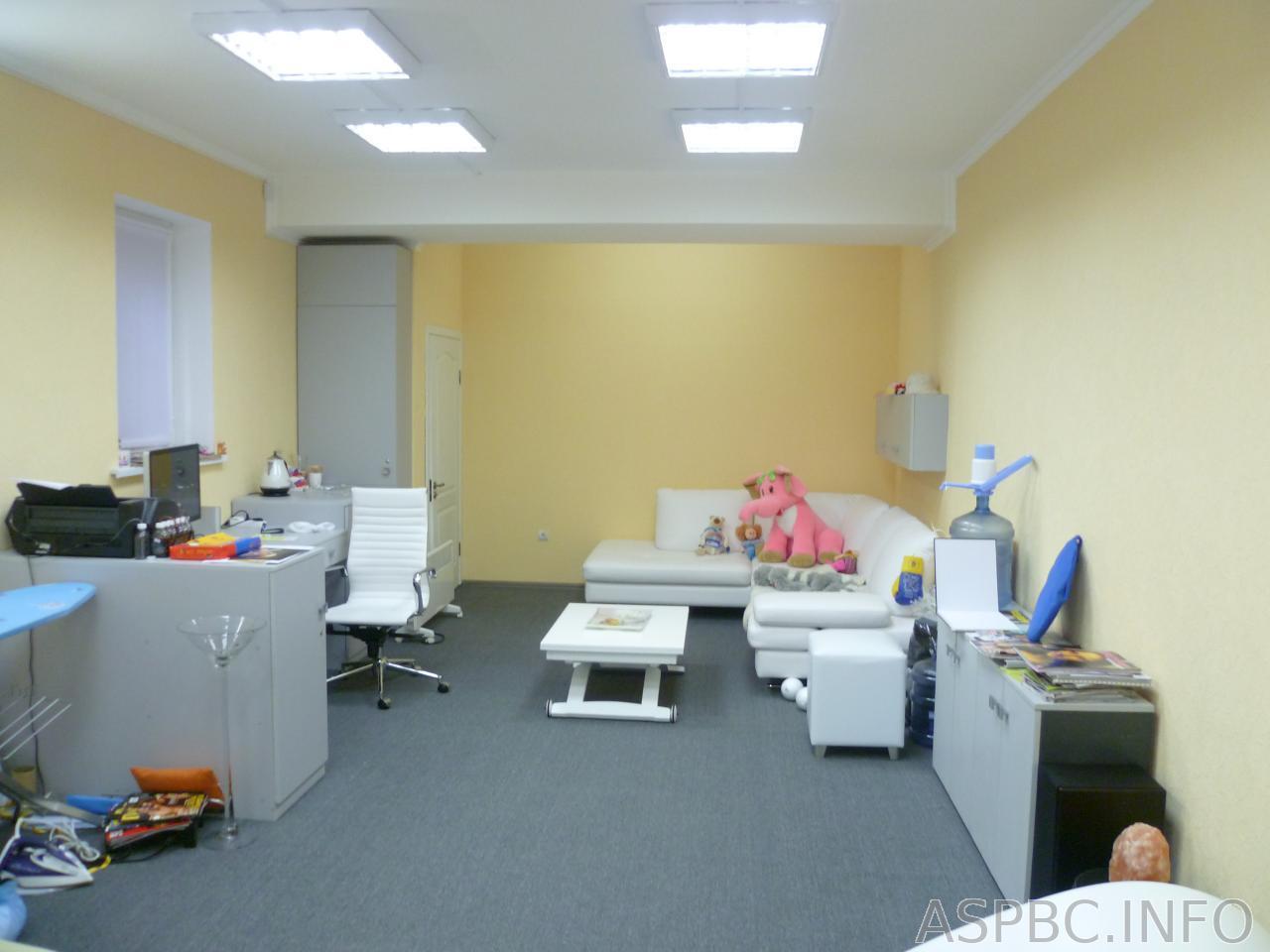 Продам объект сервиса Киев, Никольско-Слободская ул. 4