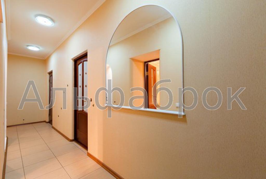 Продам квартиру Киев, Голосеевский пр-т 5