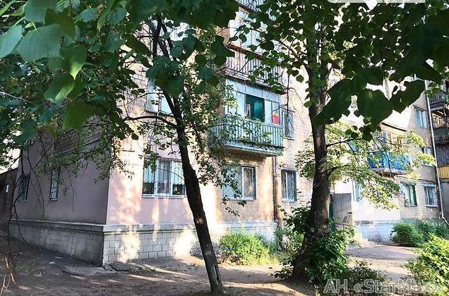 Продам гостинку Киев, Новополевая ул.