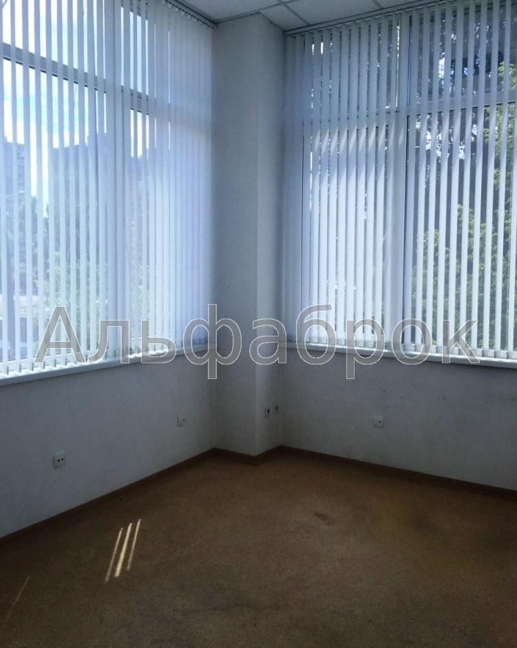 Продам офисное здание Киев, Сосниных Семьи ул.