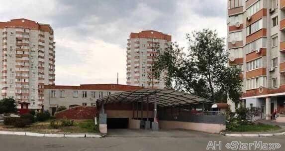 Продам квартиру Киев, Красноткацкая ул. 5