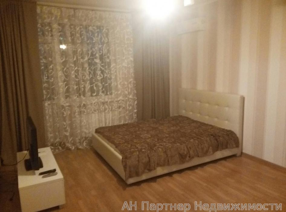 Сдам квартиру Киев, Саперно-Слободская ул.