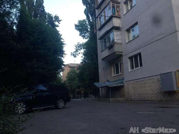 Продам квартиру Киев, Метрологическая ул. 2