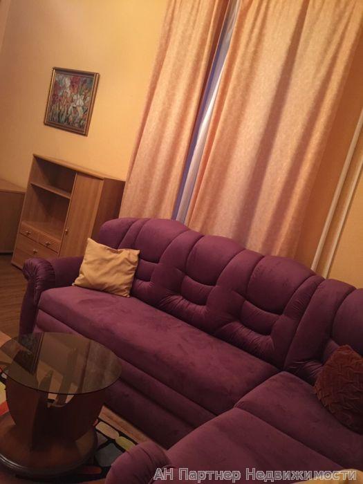 Сдам квартиру Киев, Львовская пл.