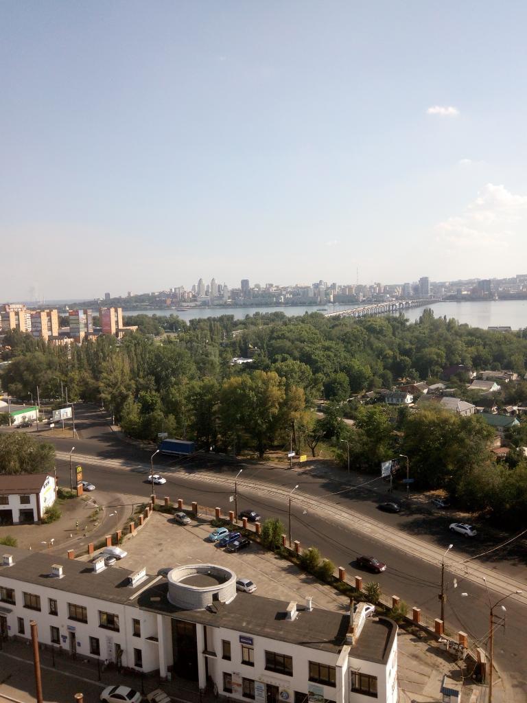 Продам квартиру Днепропетровск, Луговская ул.