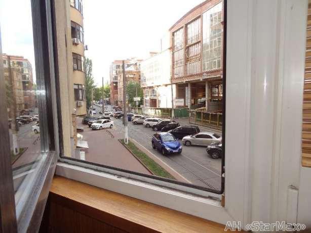 Фото 4 - Продам квартиру Киев, Дмитриевская ул.