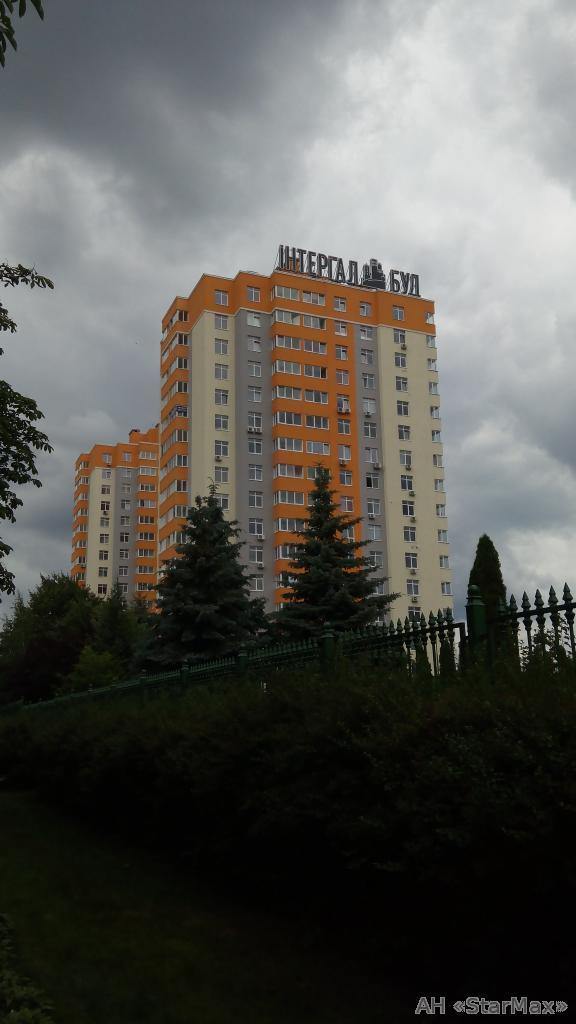 Фото 5 - Продам квартиру Киев, Комарова Космонавта пр-т