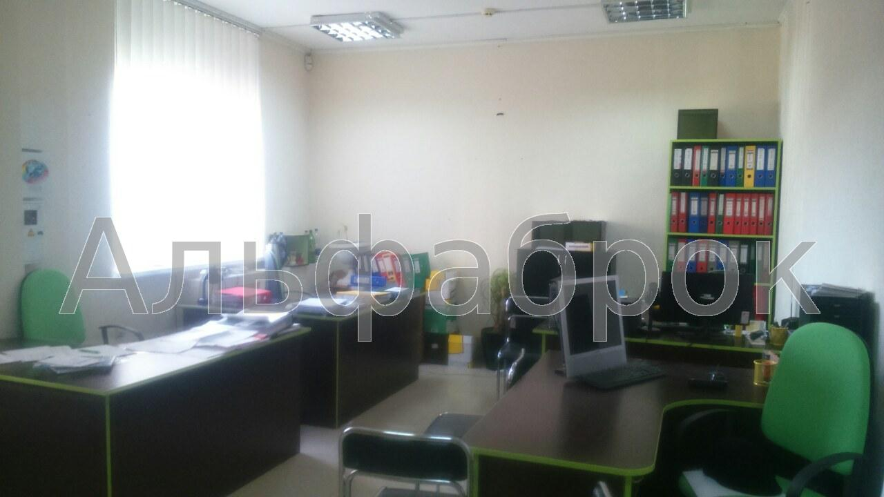 Продам офис в многоквартирном доме Киев, Булаховского Академика ул.