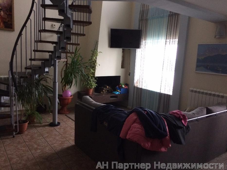 Продам квартиру Киев, Декабристов ул. 2