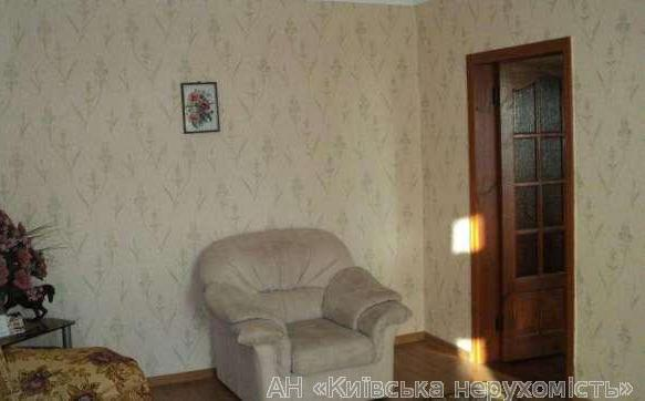Продам квартиру Киев, Беличанская ул. 2