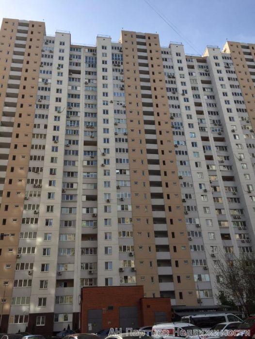 Фото 4 - Продам квартиру Киев, Урловская ул.