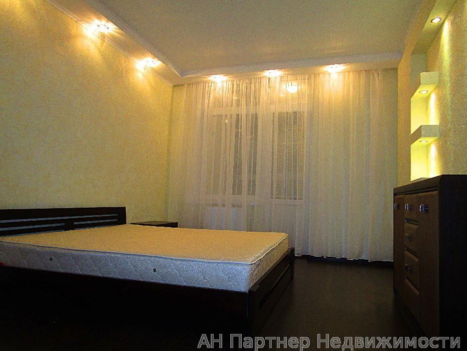 Продам квартиру Киев, Урловская ул.