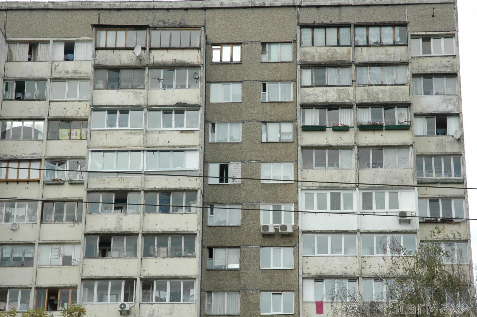 Продам квартиру Киев, Захаровская ул. 3