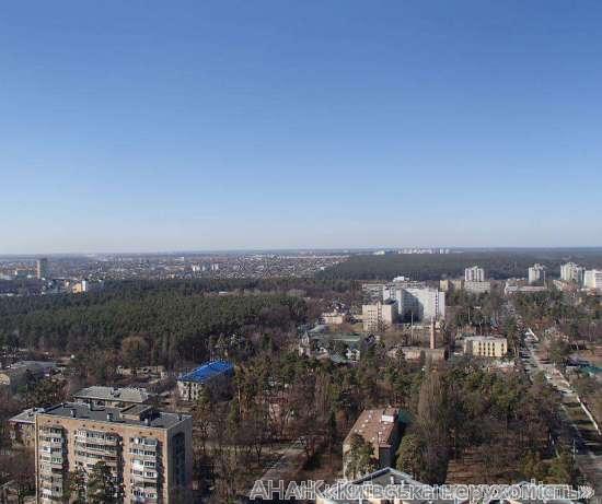 Продам квартиру Киев, Верховинная ул. 5