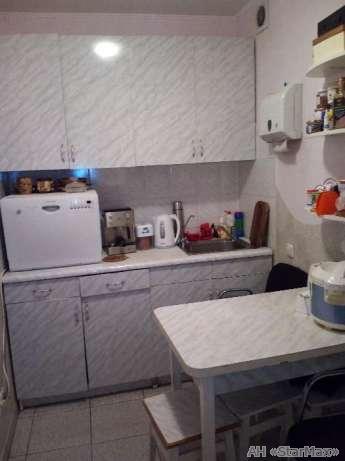 Продам офис в многоквартирном доме Киев, Гмыри Бориса ул. 4