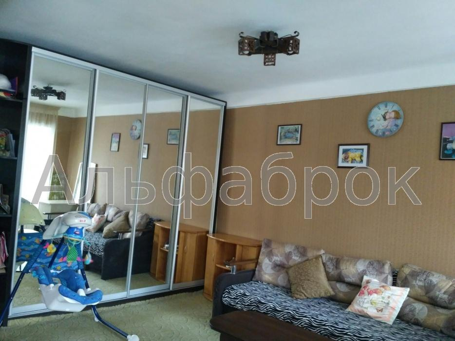 Продам квартиру Киев, Баумана ул.