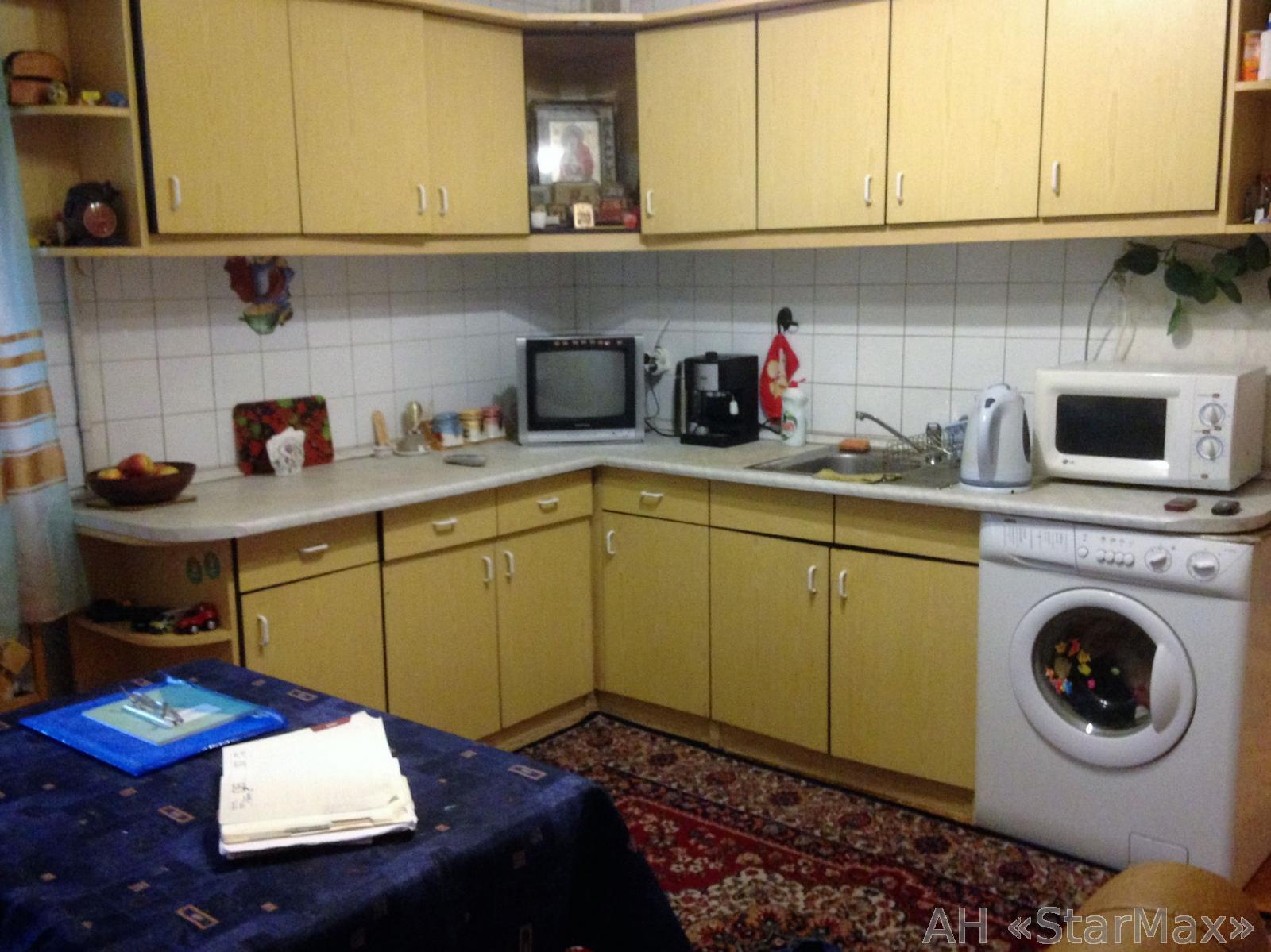 Продам квартиру Киев, Львовская ул.