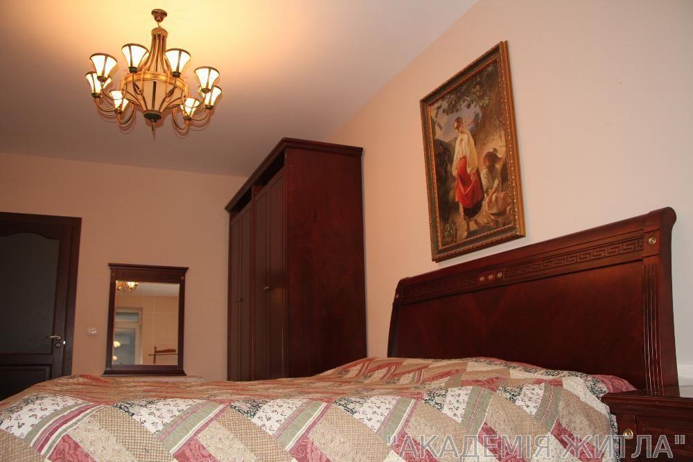 Сдам квартиру Киев, Казацкая ул.