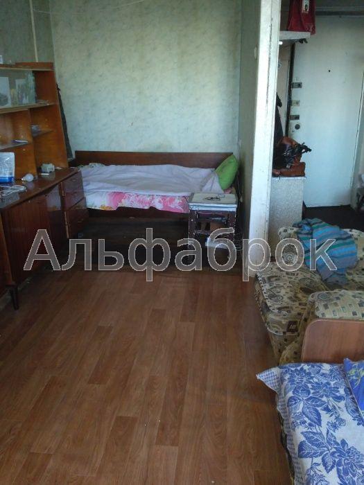 Продам гостинку Киев, Вышгородская ул.