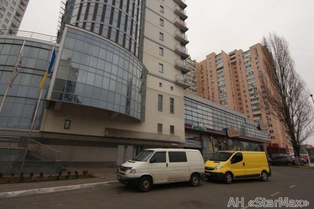 Продам торговое помещение Киев, Дарницкий бул. 5