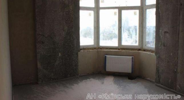Фото 2 - Продам квартиру Киев, Ушакова Николая ул.