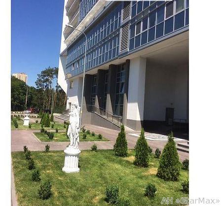 Фото 5 - Продам квартиру Киев, Дарницкий бул.