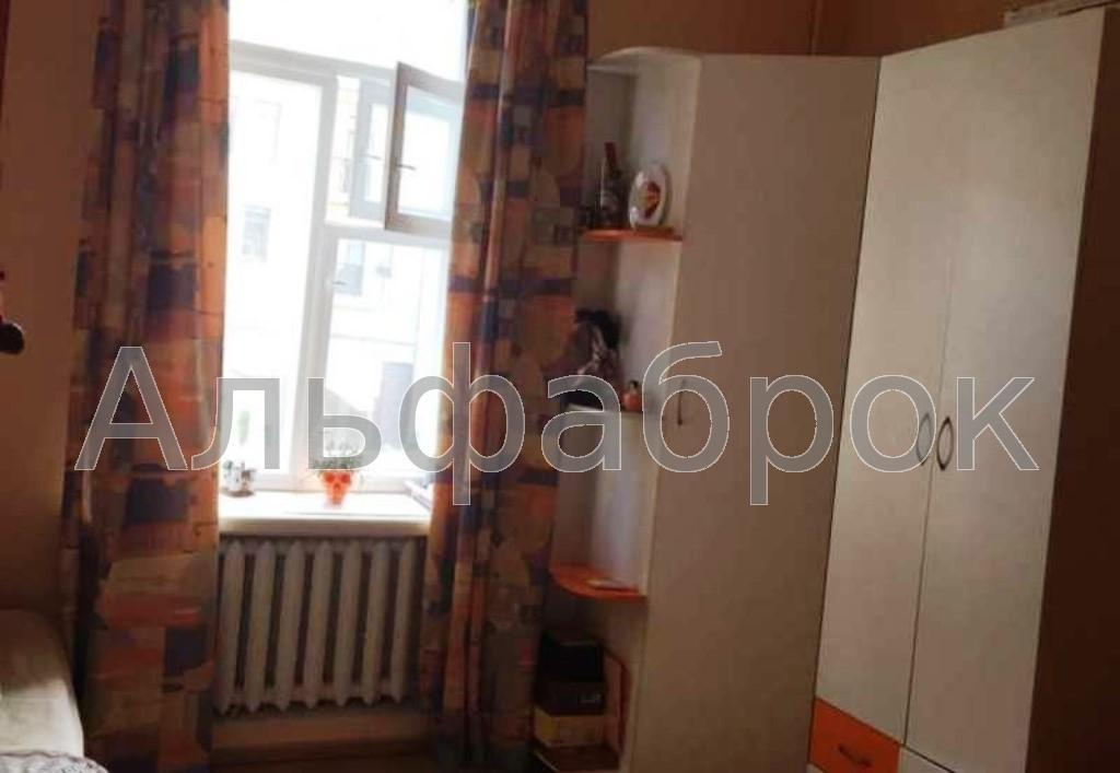 Продам квартиру Киев, Коцюбинского Михаила ул. 2