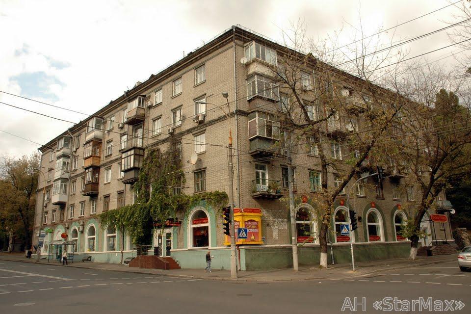 Продам квартиру Киев, Белорусская ул. 3