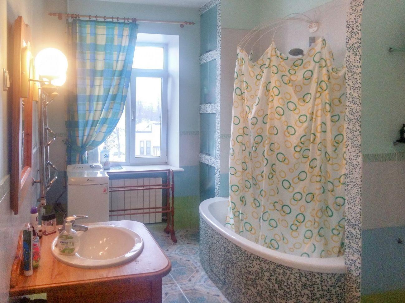 Продам квартиру Днепропетровск, Менахем-Мендл Шнеерсона ул.