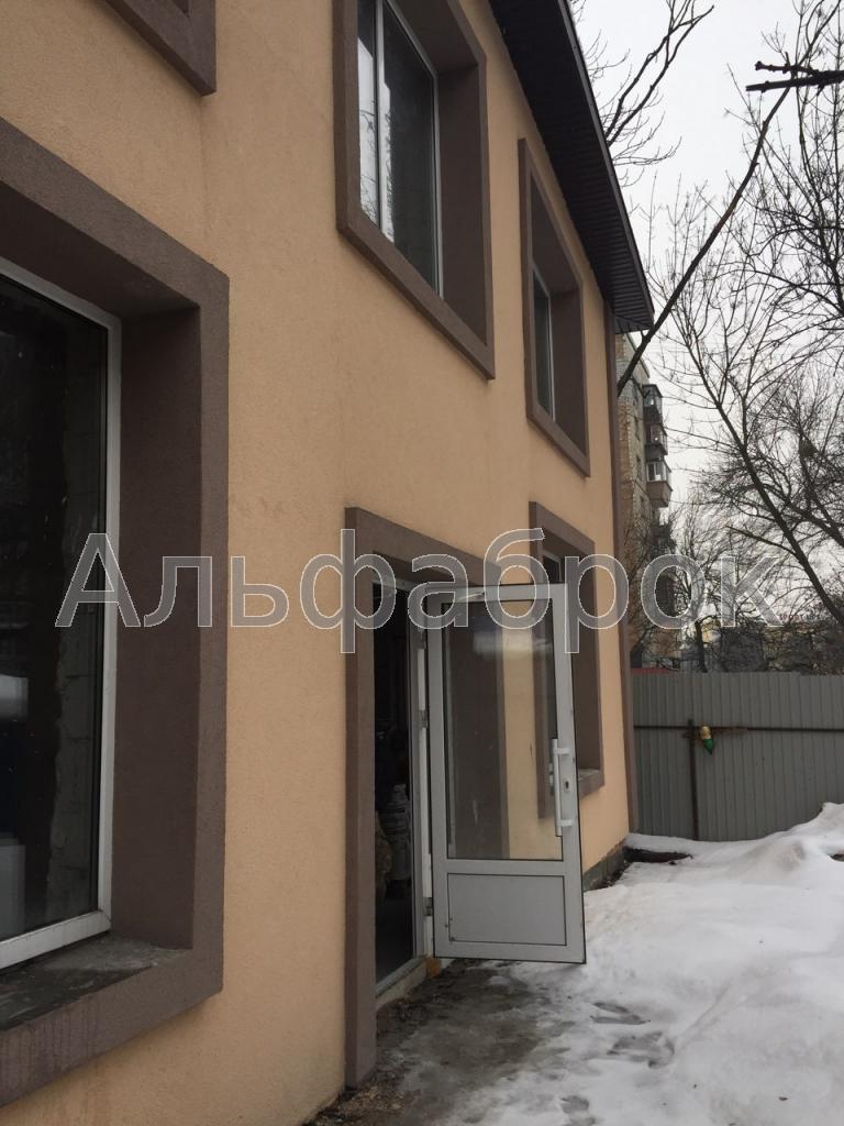 Продам офисное здание Киев, Петропавловская ул.
