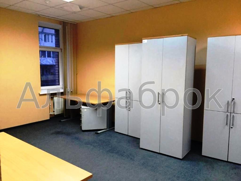 Продам офисное здание Киев, Гончара Олеся ул. 4