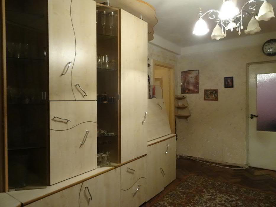 Продам квартиру Киев, Космическая ул. 3