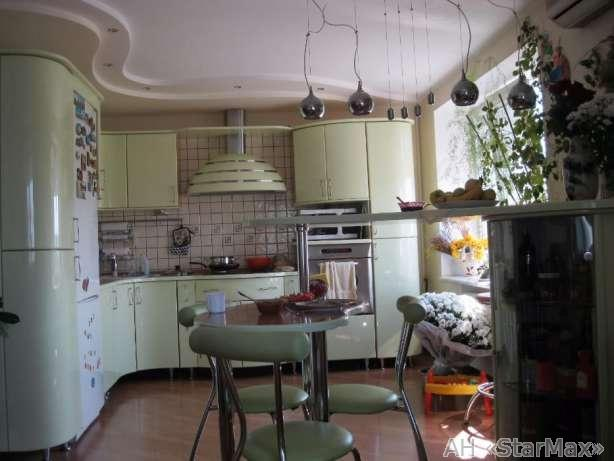 Продам квартиру Киев, Малиновского Маршала ул.