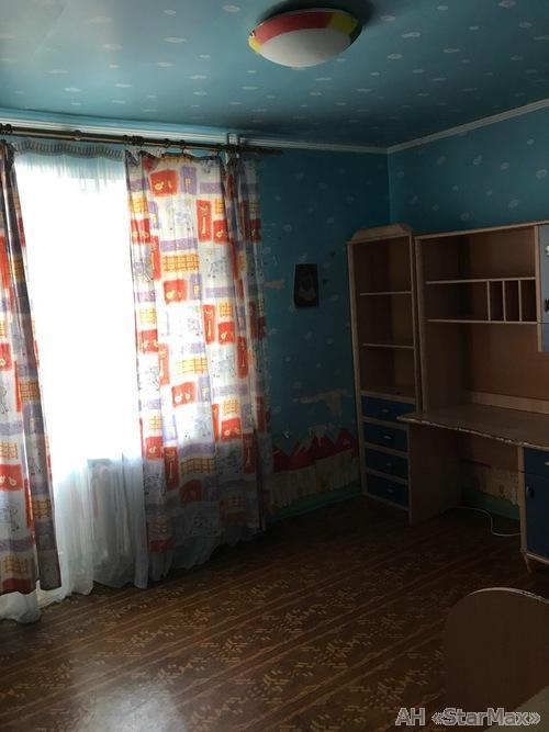 Продам квартиру Киев, Ялтинская ул. 2