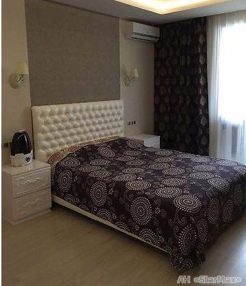 Продам квартиру Киев, Комбинатная ул. 3