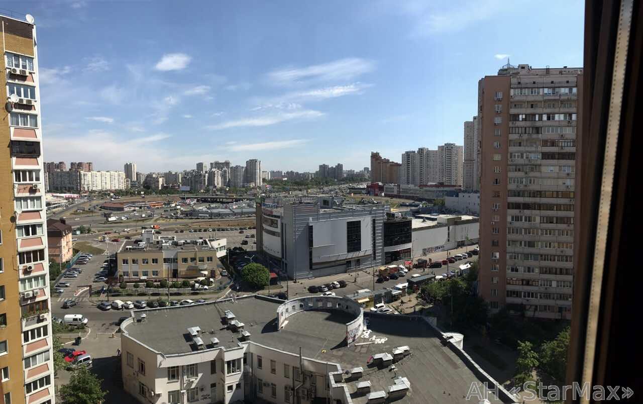Фото 5 - Продам квартиру Киев, Гмыри Бориса ул.