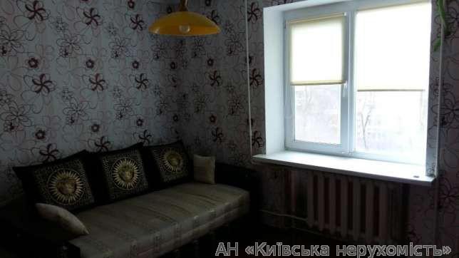 Продам квартиру Киев, Антоновича ул. 3