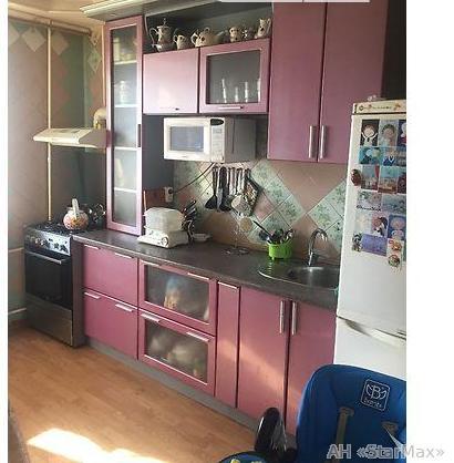 Продам квартиру Киев, Введенская ул.