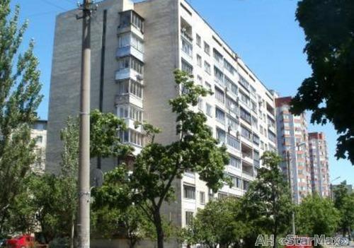 Продам квартиру Киев, Верховного Совета бул.