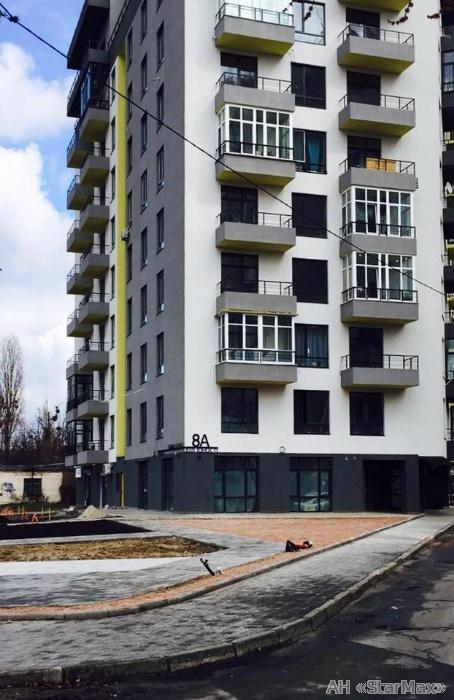 Продам квартиру Киев, Юности ул.
