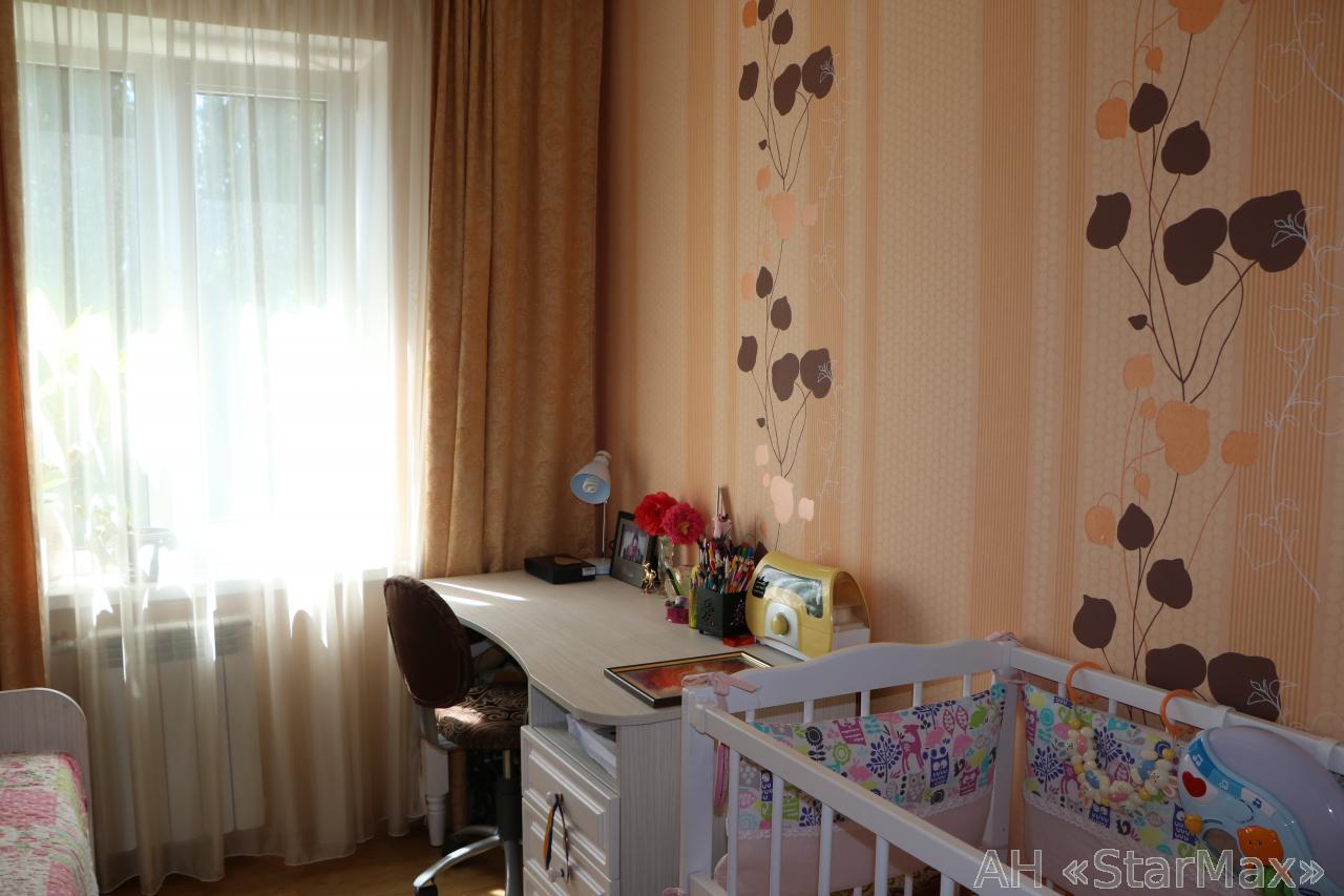 Продам квартиру Киев, Бакинская ул. 2