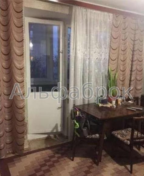 Продам квартиру Киев, Остапа Вишни ул.