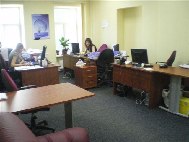 Продам офис в офисном центре Киев, Хмельницкого Богдана ул. 3