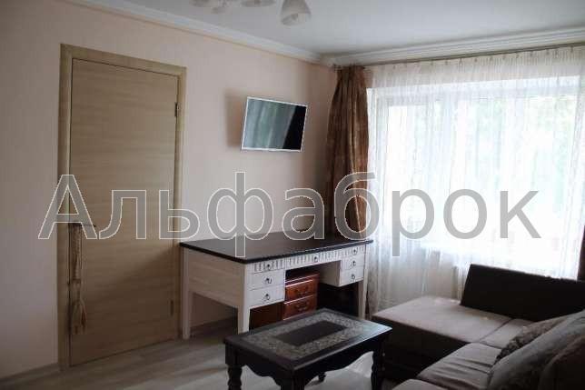 Продам квартиру Киев, Каунасская ул.