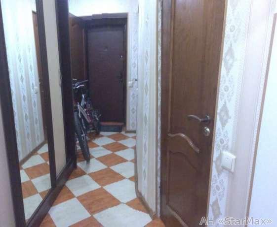 Продам квартиру Киев, Кирилловская ул. 4